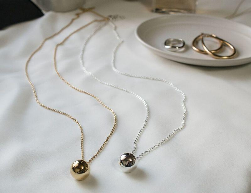 メタルボールネックレス ロング wonky ball necklace ops. オプス